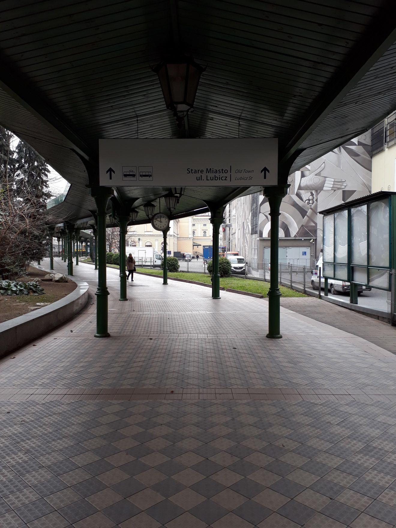 Kraków Główny exit